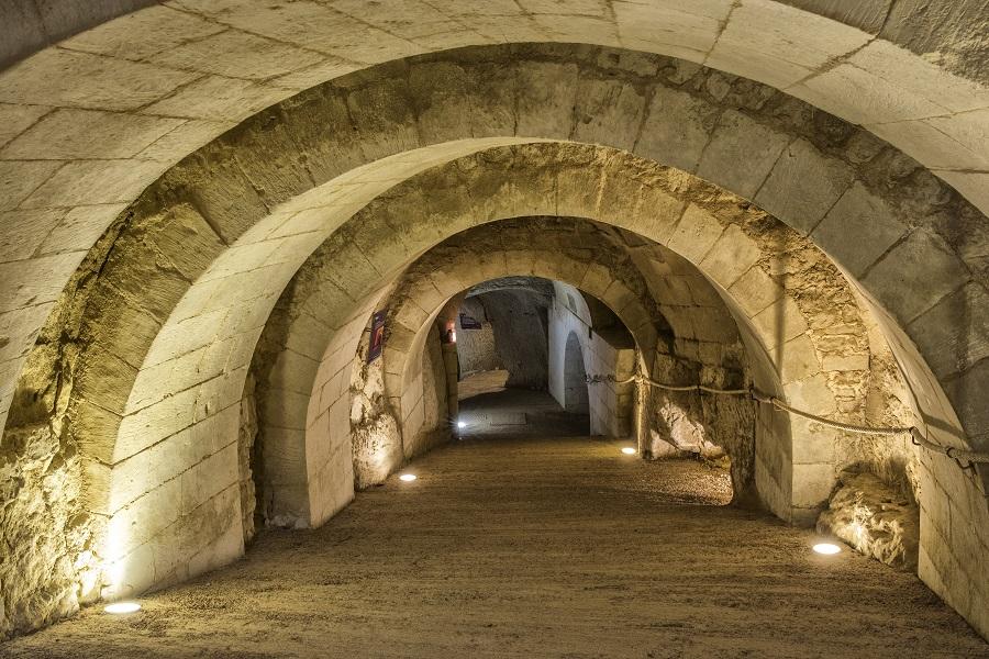 Souterrain du château de Brézé