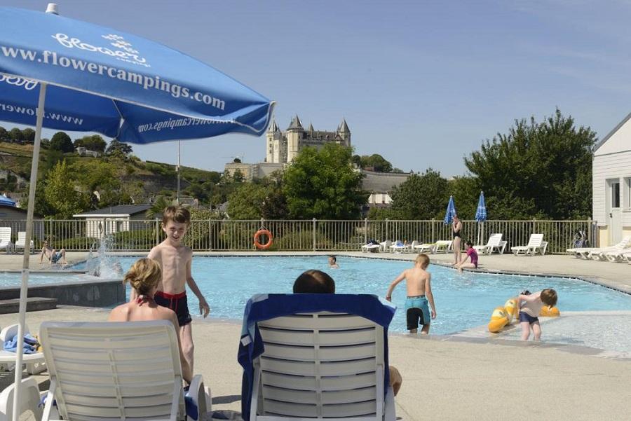 La piscine chauffée du Camping Île d'Offard