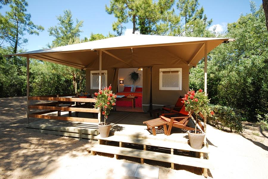 Tente lodge au camping Sunêlia Interlude sur l'île de Ré