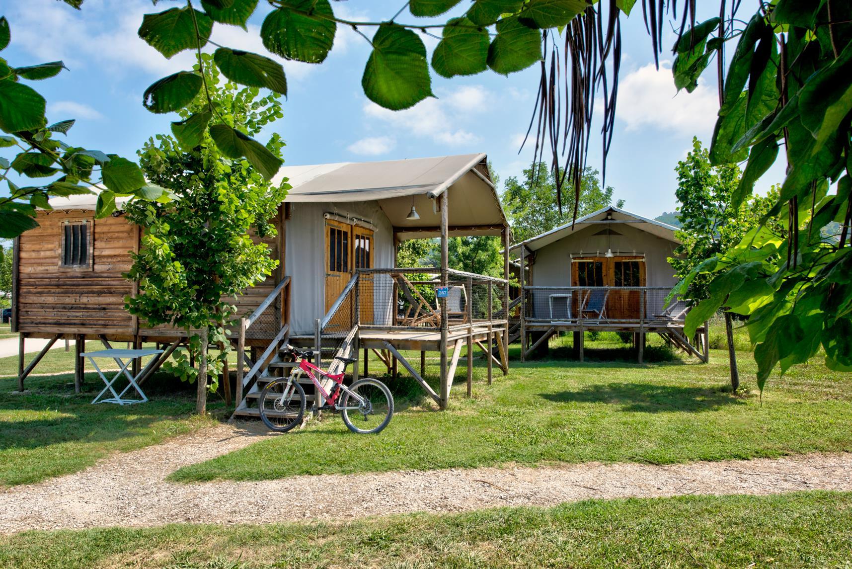 Camping Municipal les Ondines, Souillac, Lot