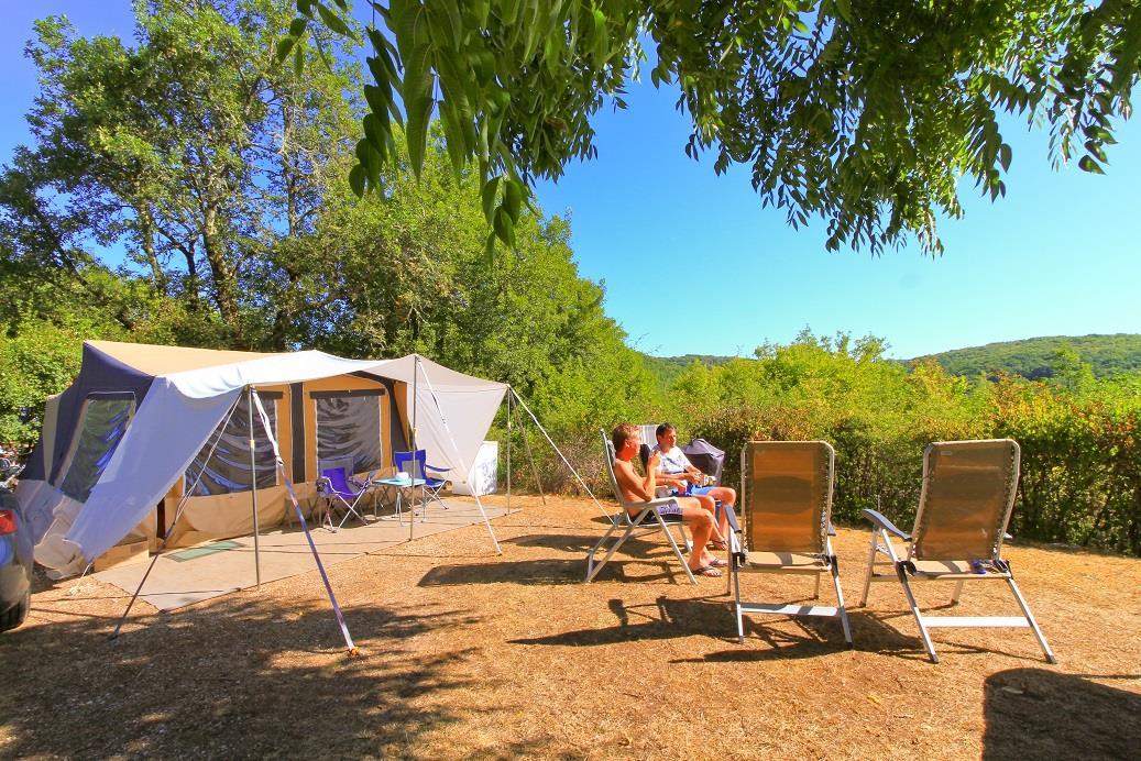 Emplacement - Emplacement Electrique (16A) - 2 Pers. Comprises Dans Le Tarif - Camping Castel Domaine La Paille Basse
