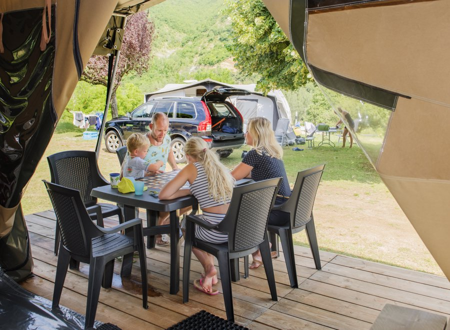 Location - Tente Glamping Pyrmont - RCN Vakantiepark Laacher See