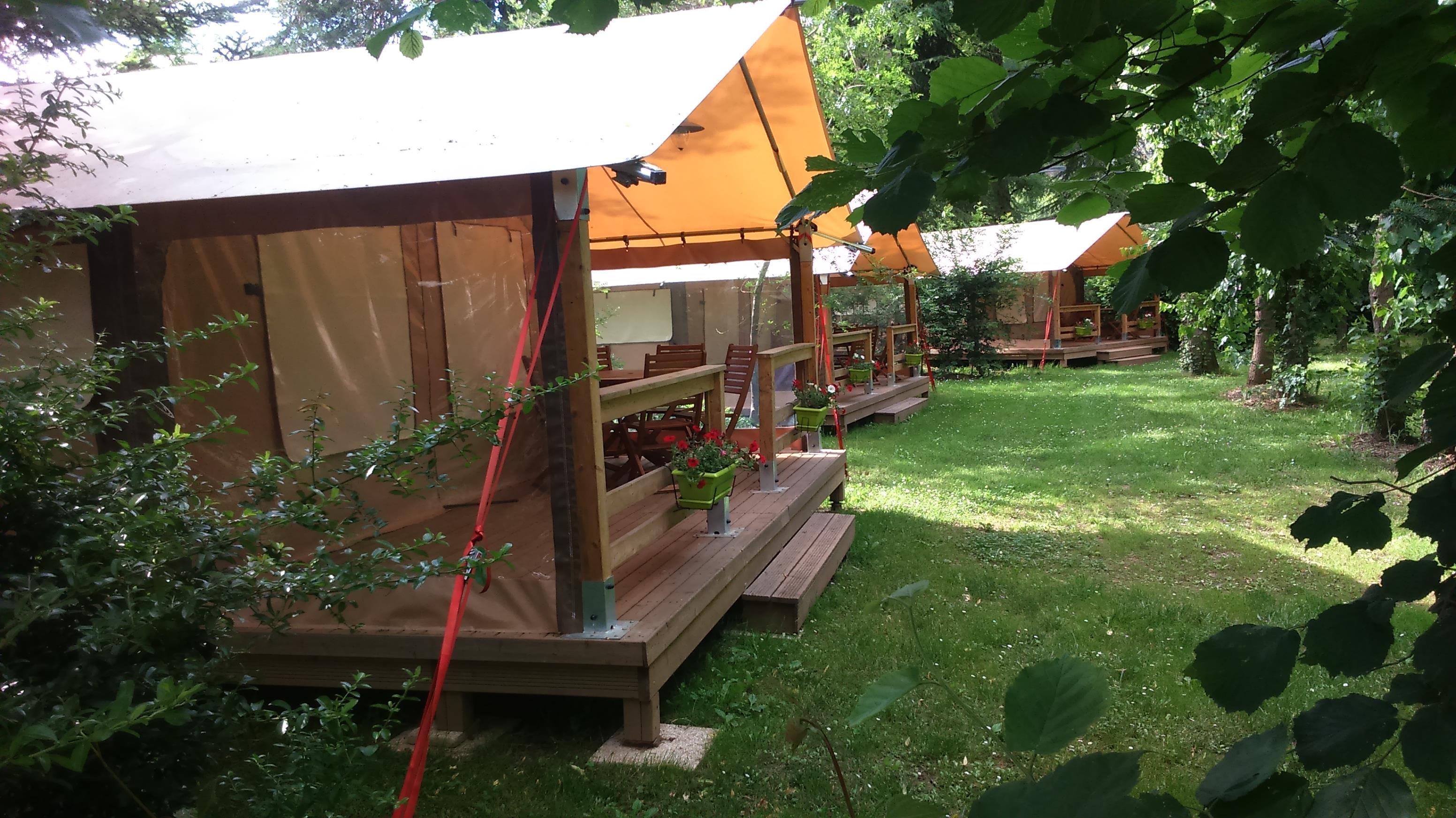 Camping la Plage, Saint-Cirq-Lapopie, Lot