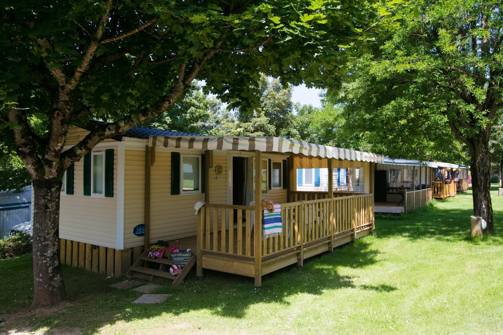 Location - Cottage Quercy Patio - 2 Chambres - Camping Sites et Paysages Le Ventoulou