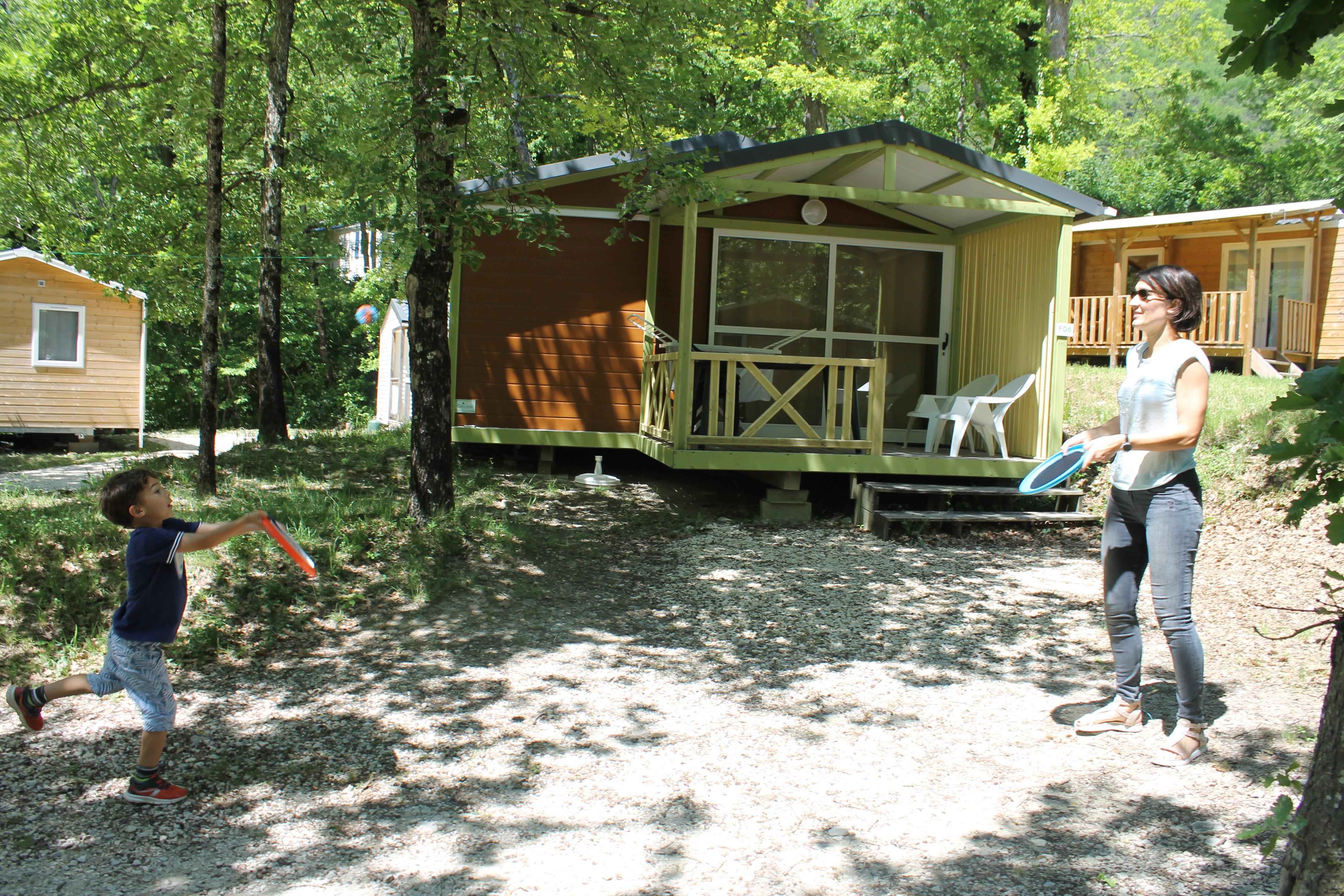 Location - Chalet 5 Personnes - Camping Sites et Paysages La Source du Jabron