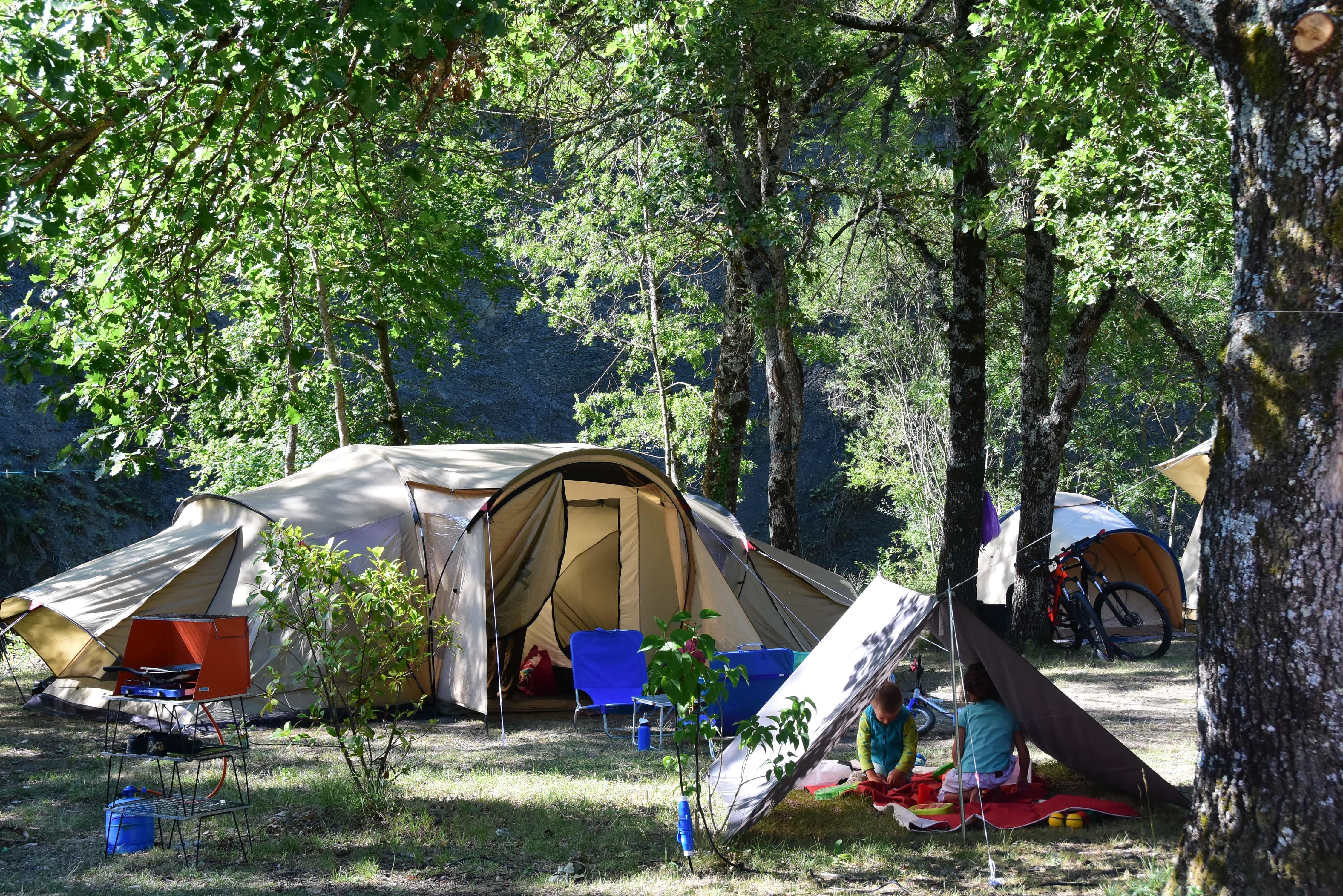 Emplacement - Forfait Emplacement Nature Et Espace  Jabron (Avec Électricité) - Camping Sites et Paysages La Source du Jabron