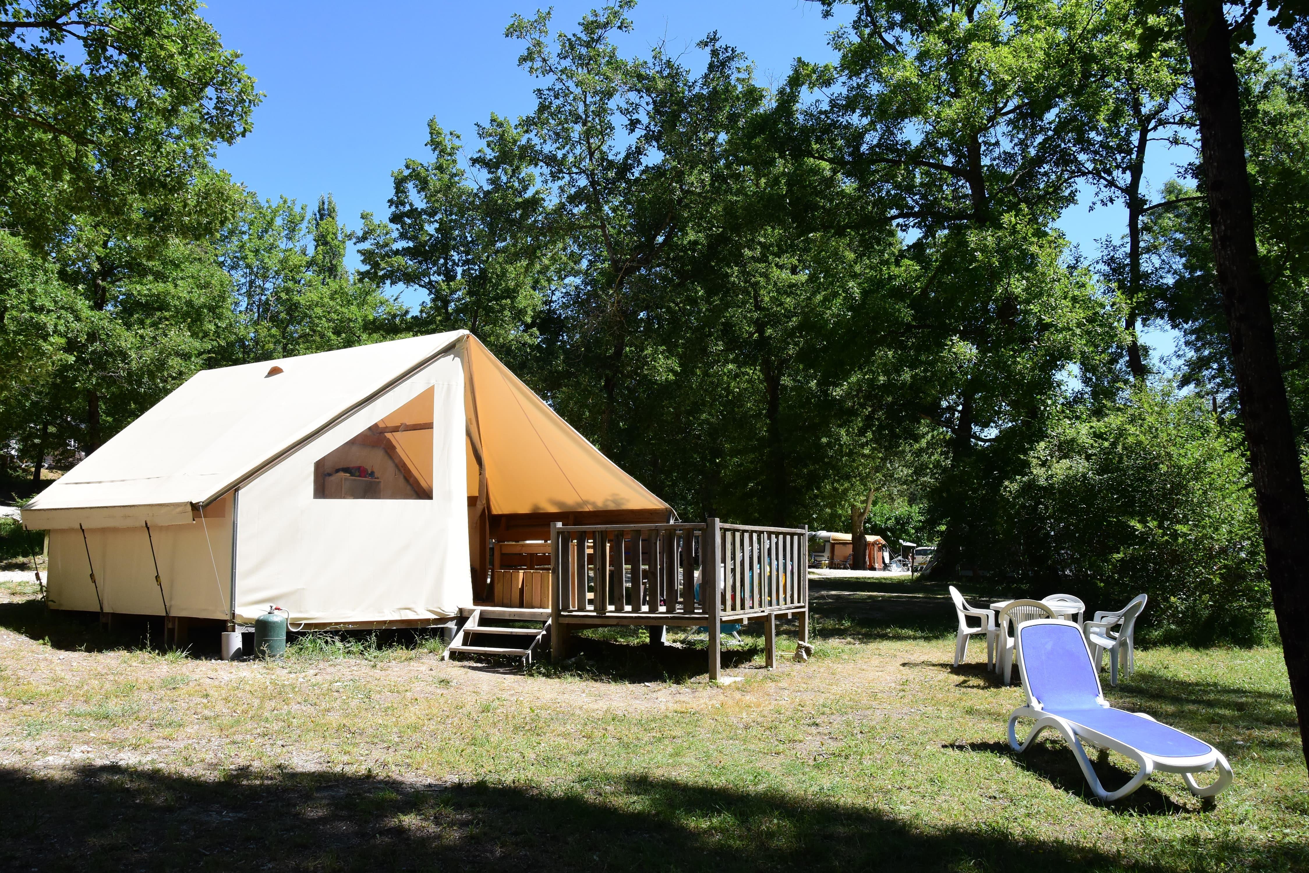 Location - Tente Ecolodge 5 Personnes - Camping Sites et Paysages La Source du Jabron