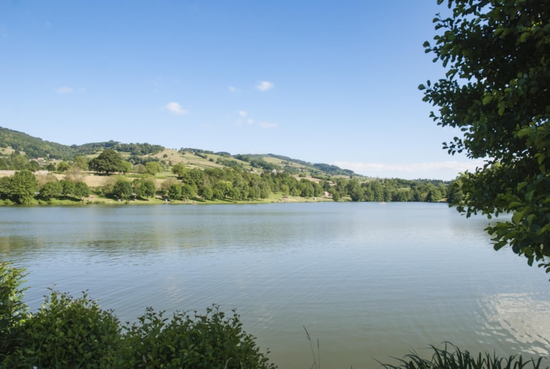 Camping Le Lac de Saint Point