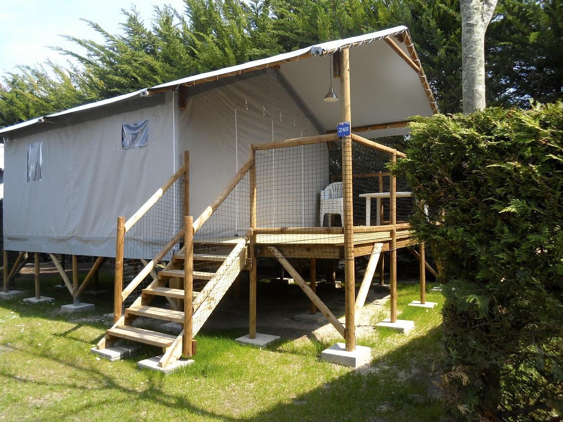 Location - Cabane Lodge Sur Pilotis Eco 34M² (2 Chambres) Dont Terrasse Couverte De 11M² - Flower Camping Le Bois d'Amour