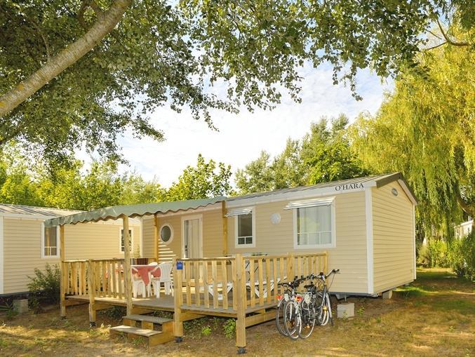 Location - Mobil-Home Confort+ 27.5M² (2 Chambres) + Terrasse Semi-Couverte - Flower Camping Le Bois d'Amour