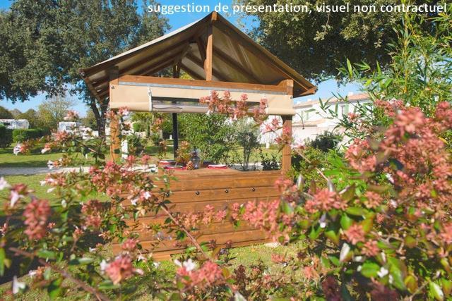 Emplacement - Forfait Privilège : Emplacement 6A Équipé D'une Freecamp + Électricité - Flower Camping Le Bois d'Amour