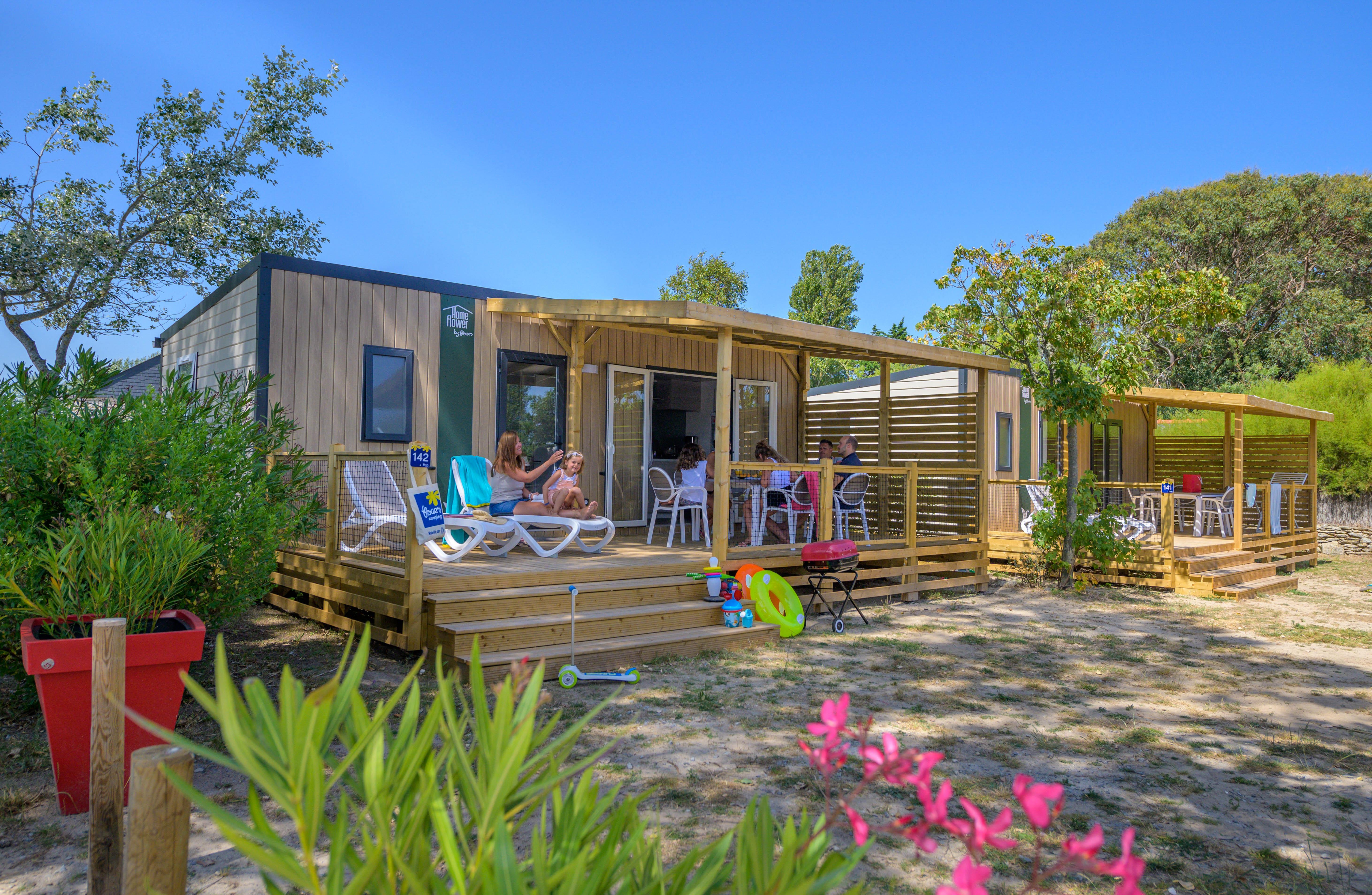 Location - Homeflower Premium 30,5M² (3 Chambres) + Terrasse Semi-Couverte + Tv + Lave Vaisselle + Draps Inclus - Flower Camping Le Bois d'Amour