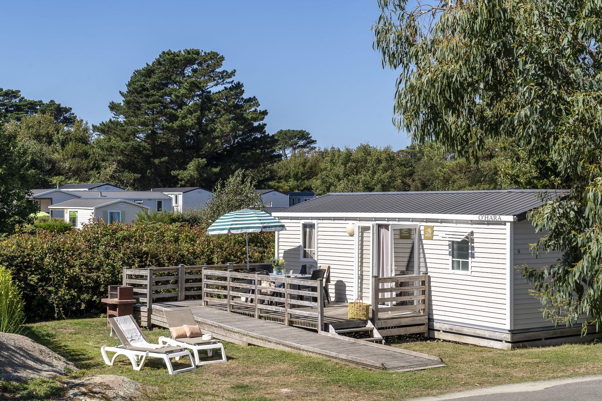 Location - Cottage 2 Chambres **** Adapté Aux Personnes À Mobilité Réduite - Camping Sandaya Le Ranolien