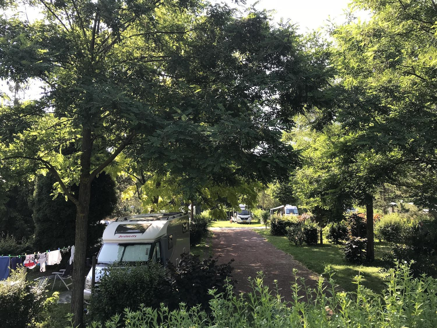 Establishment Camping Les Grands Cols - St. Jean-De-Maurienne