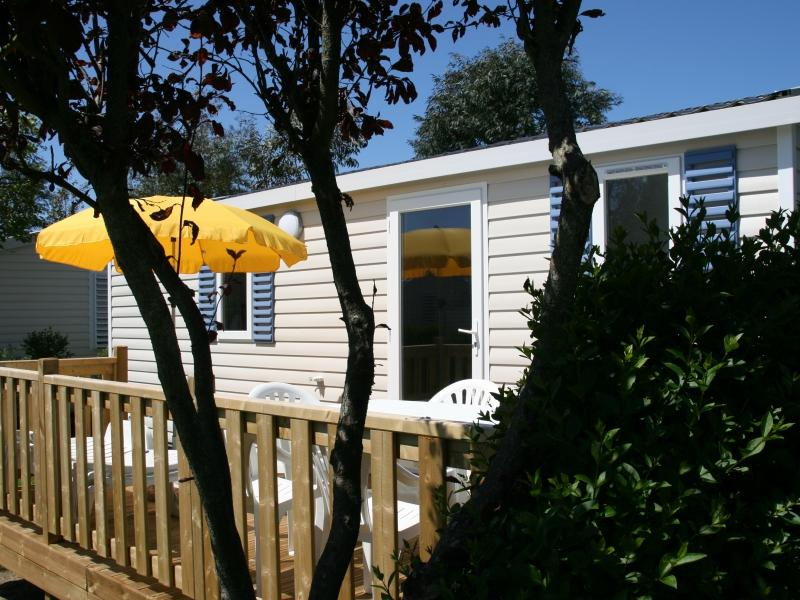 Location - Mobil-Home Confort 2 Ch 5 Prs Terrasse - Camping La Baie