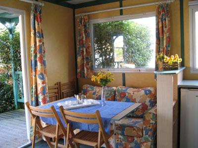 Chalet 4-6 Personnes ( 2 Chambres )