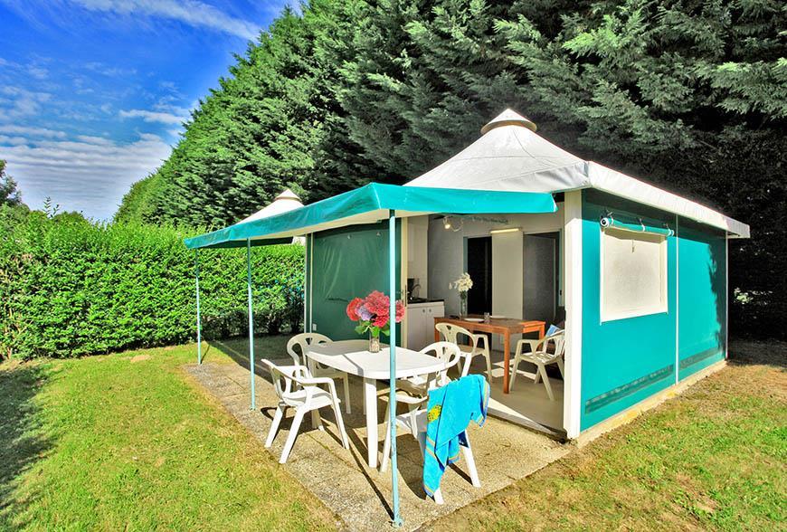 Location - Tente 2 Chambres - 1 Salle D'eau - Edena - Camping Castel Château de Galinée