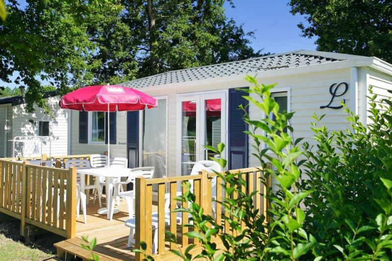 Location - Mobile Home 2 Chambres - 1 Salle D'eau - Terrasse En Bois Avec Tv (Chaînes Françaises) - Camping Castel Château de Galinée
