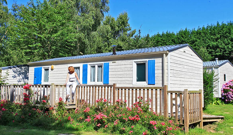 Location - Mobil Home 2 Chambres-1 Salle D'eau - Terrasse Bois - Pour Personne À Mobilité Réduite - Camping Castel Château de Galinée