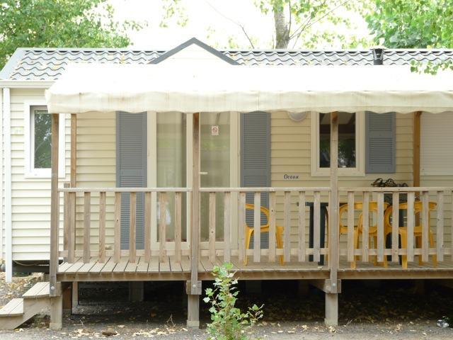 Location - Mobil-Home Confort Plus 28M² - 3 Chambres - Climatisé - Camping Le Rochelongue