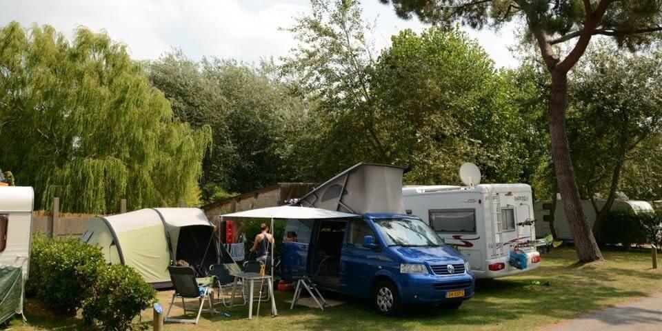 Emplacement - Emplacement Avec Électricité - Camping Les Iles