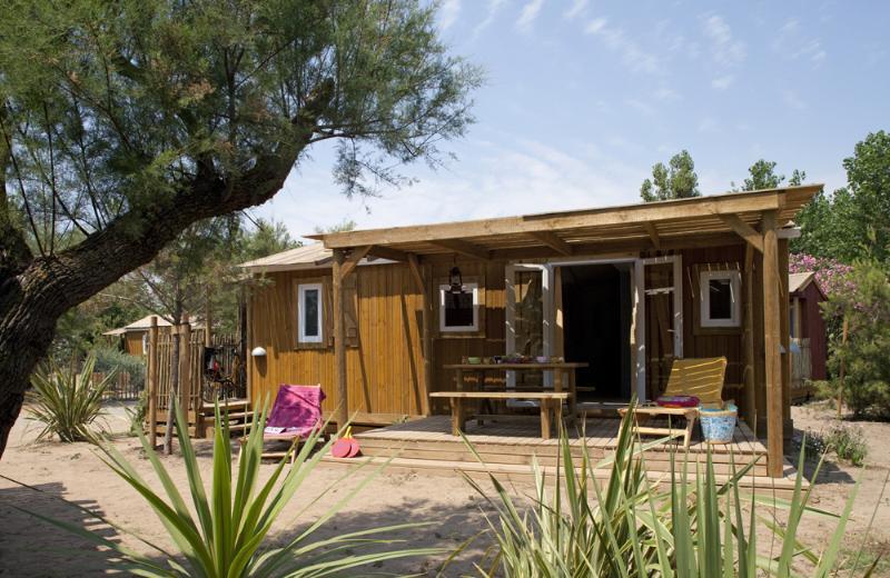 Location - Cabane Pêcheur Spécifique 2 Chambres Premium - Yelloh! Village Le Sérignan Plage