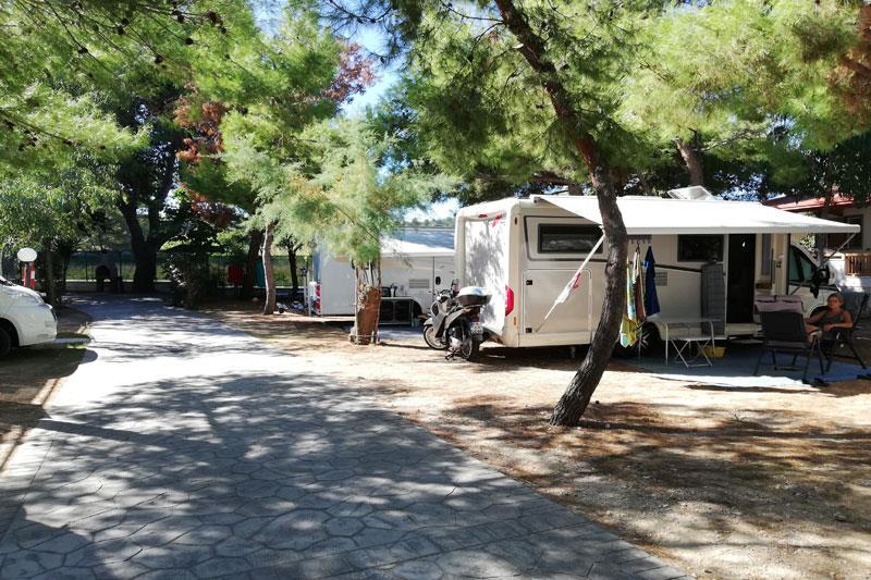 Emplacement - Emplacement + Caravane Ou Camping-Car - Camping Village Molinella Vacanze