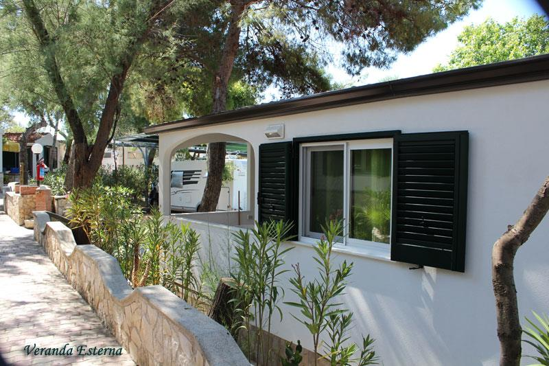 Location - Bungalow À 3 Trois Pièces - Camping Village Molinella Vacanze