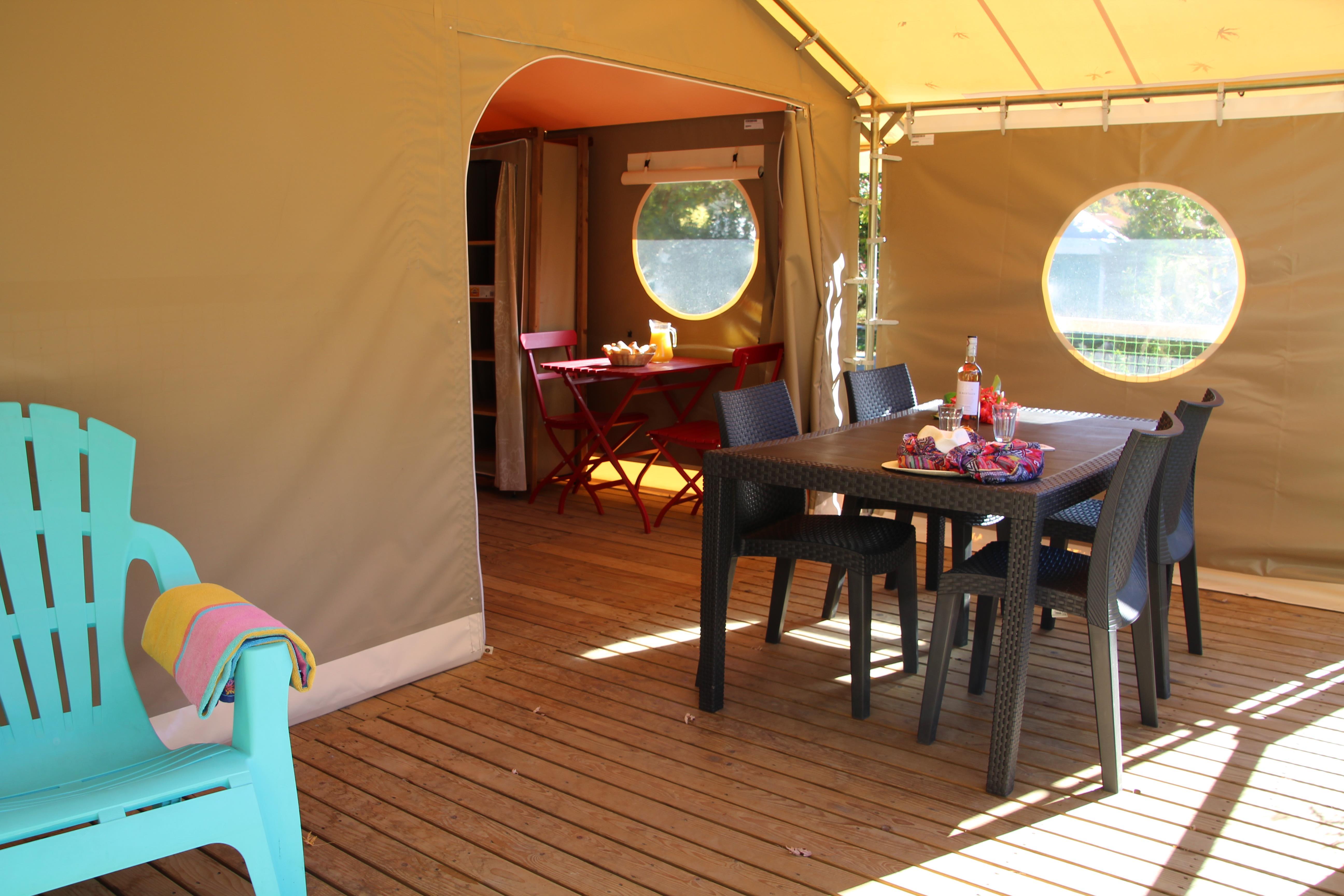 Location - Tente Meublée Lodge 20M² (2 Chambres)** - Sans Sanitaires - Yelloh! Village Le Pré Lombard