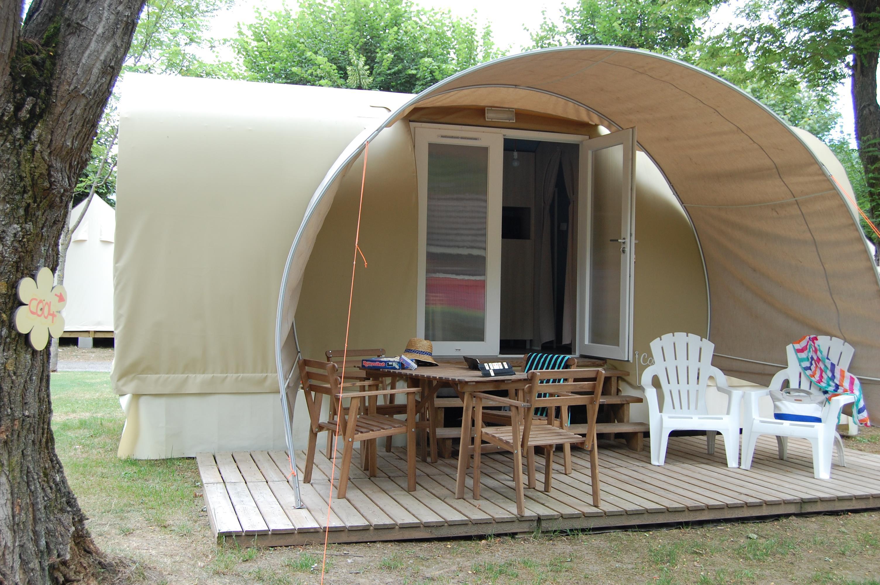Location - Tente Meublée Coco 16M² (1 Chambre)** - Sans Sanitaires - Yelloh! Village Le Pré Lombard