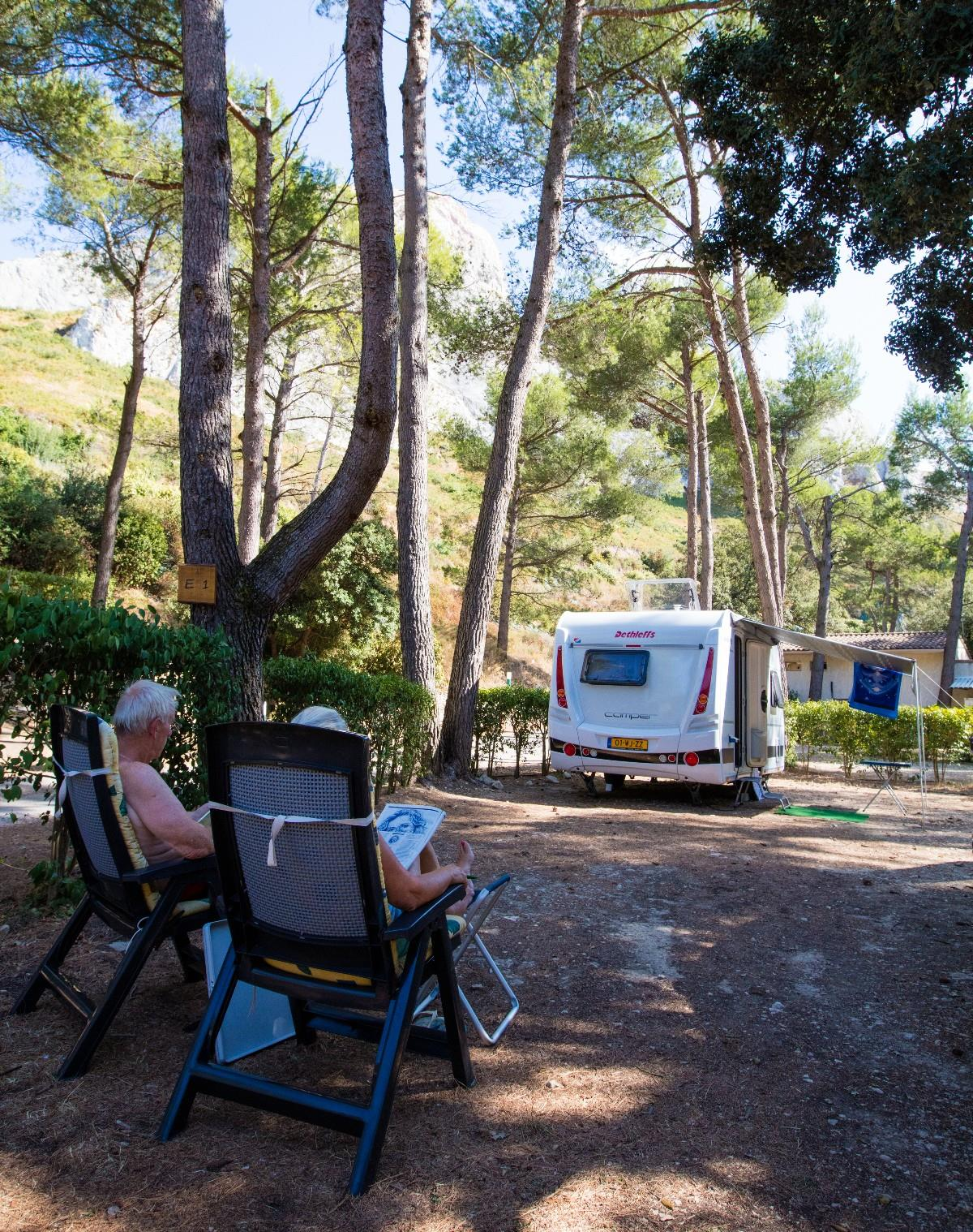 Camping la Vallée Heureuse, Orgon, Bouches-du-Rhône