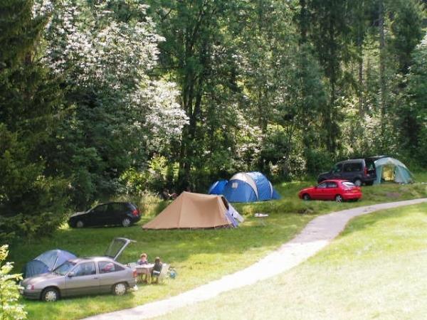 Camping la Favière, Lac-des-Rouges-Truites, Jura