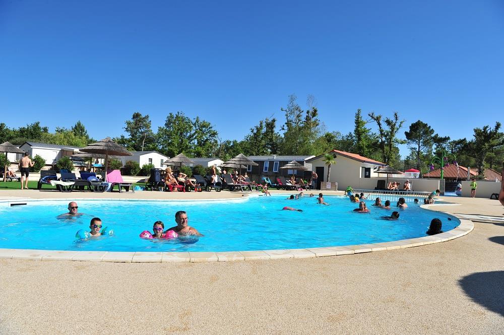 Camping Tastesoule, Vensac, Gironde