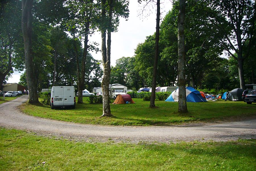 Camping le Lac ô Fée, Priziac, Morbihan