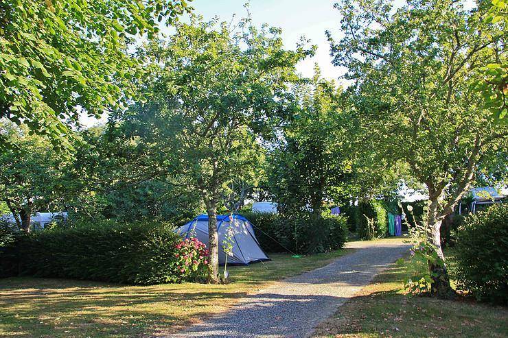 Emplacement - Emplacement + Véhicule - Camping Sites et Paysages du Pouldu