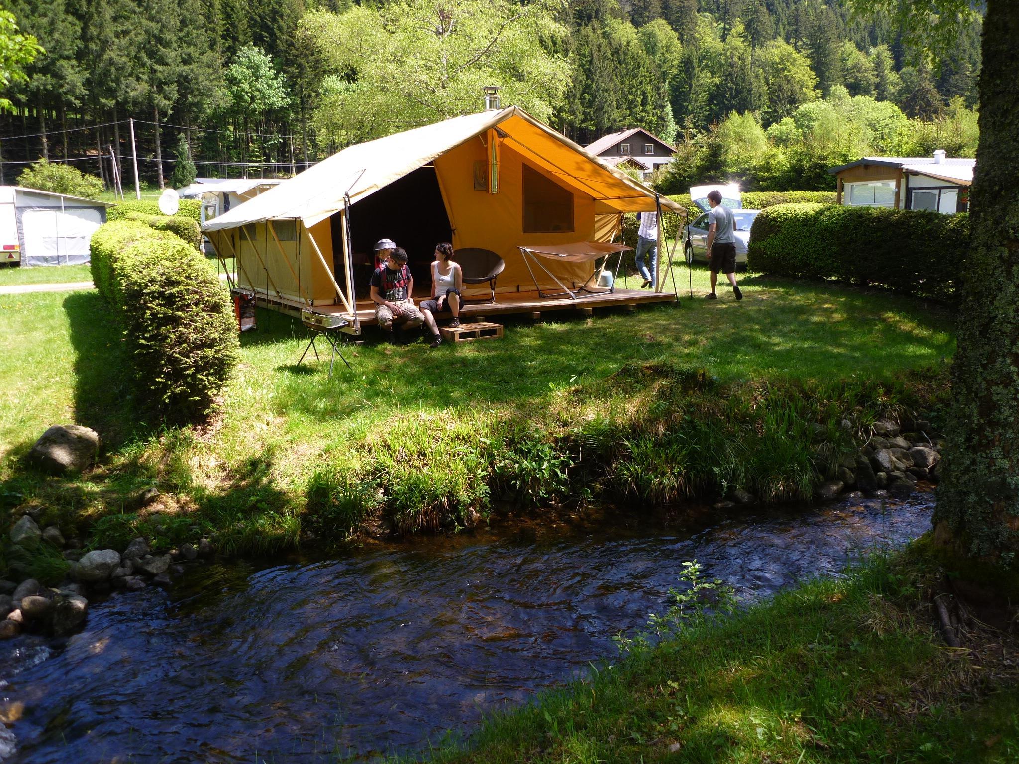 Location - Confort Tente Lodge Nature 25M² (2 Chambres) + Terrasse - Sans Sanitaires - 2013 - Flower Camping Verte Vallee