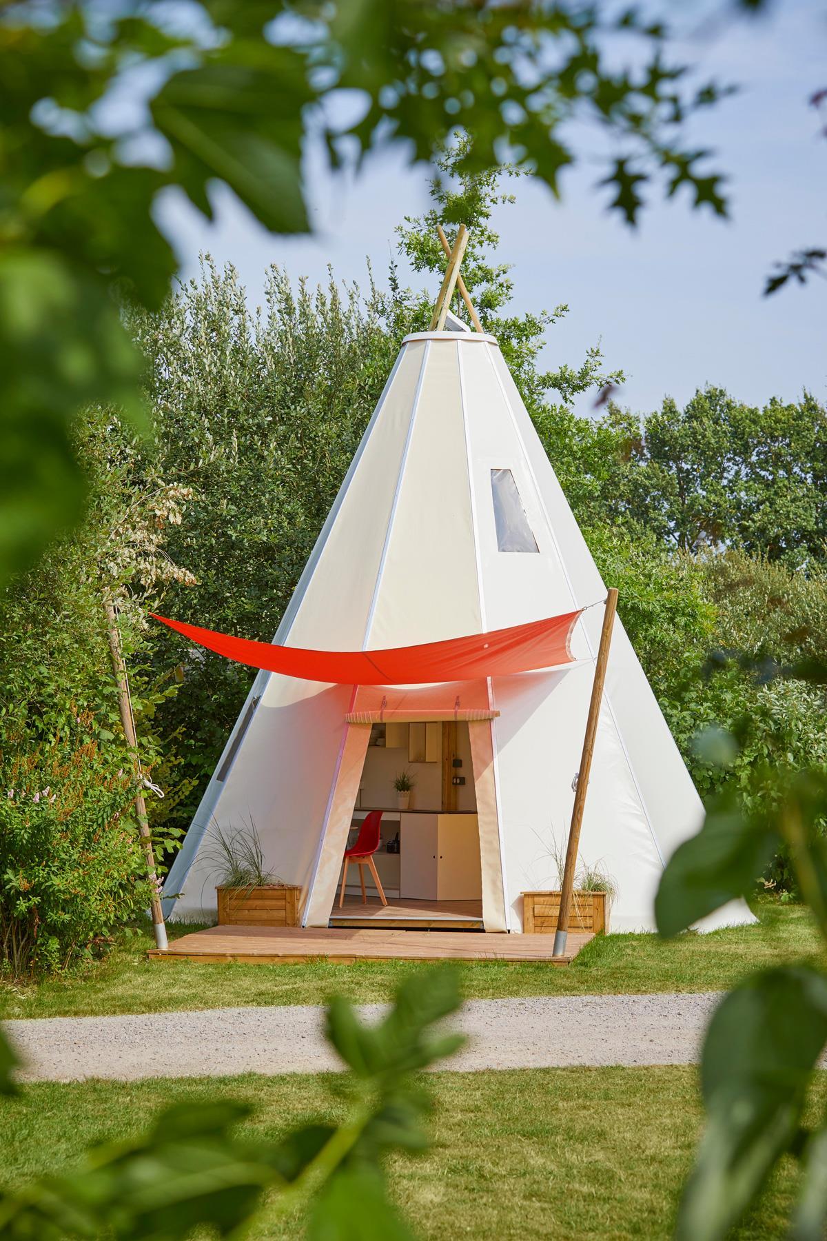 Location - Confort Tipihome 34 M² (Rdc 24 M² + Étage 10 M²) + Terrasse - Sans Sanitaire - 2019 - Flower Camping Verte Vallee