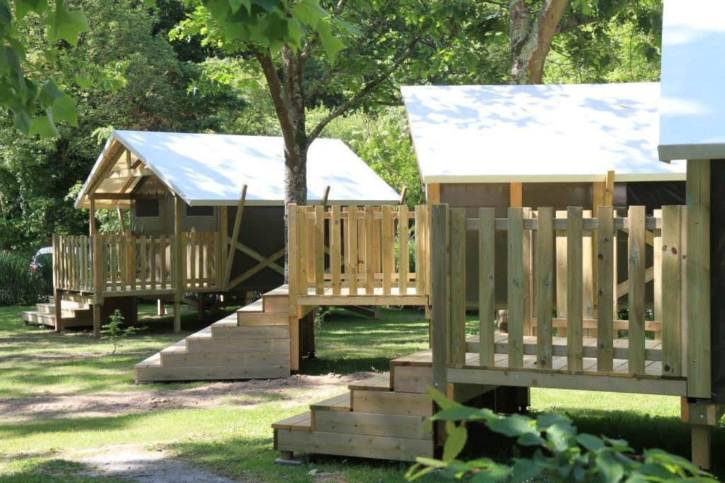 Location - Tente Safari 18 M² / 2 Chambres - Terrasse (Sans Sanitaires Privatifs) - Nantes Camping
