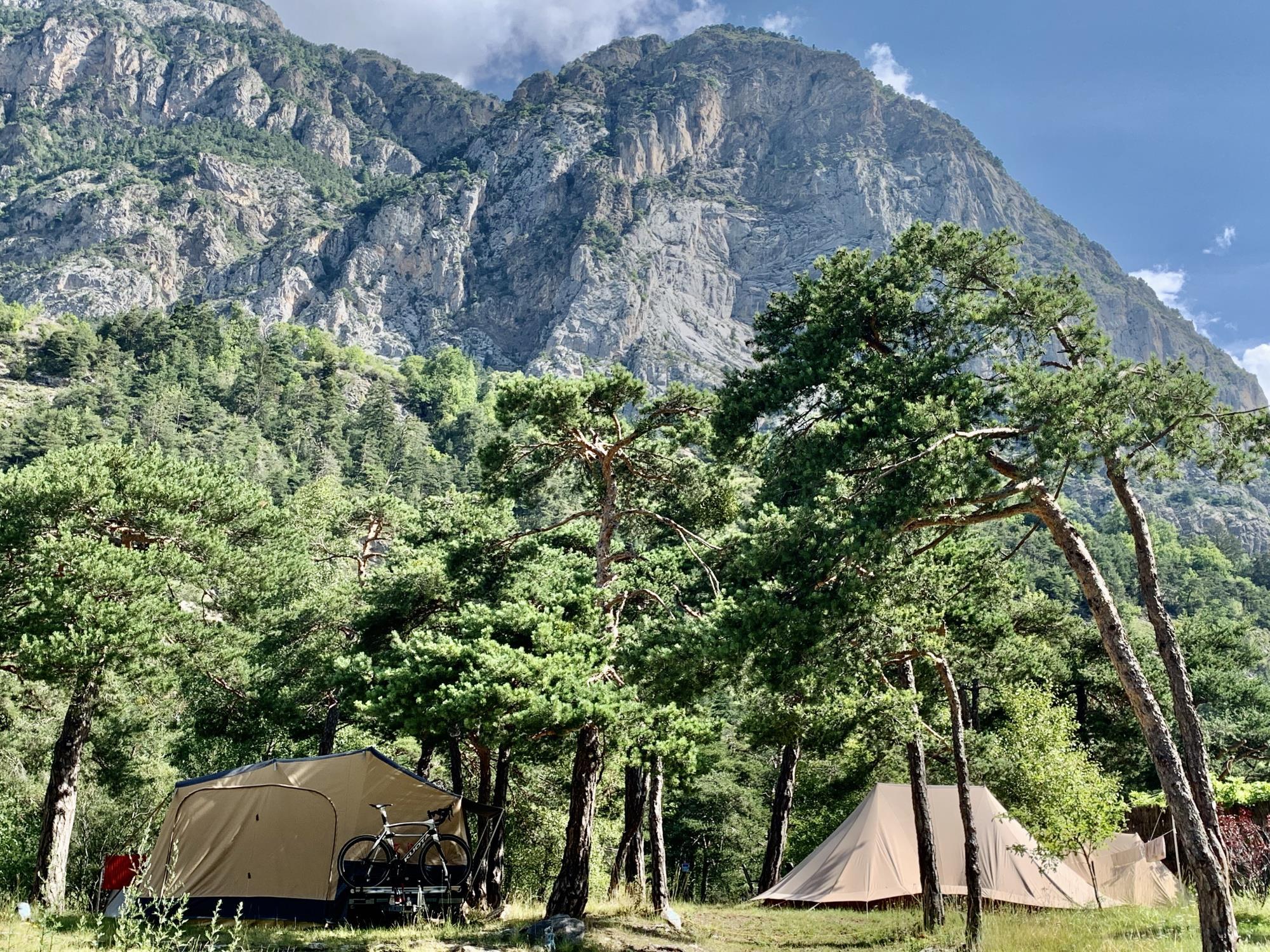 Camping River, Méolans-Revel, Alpes-de-Haute-Provence