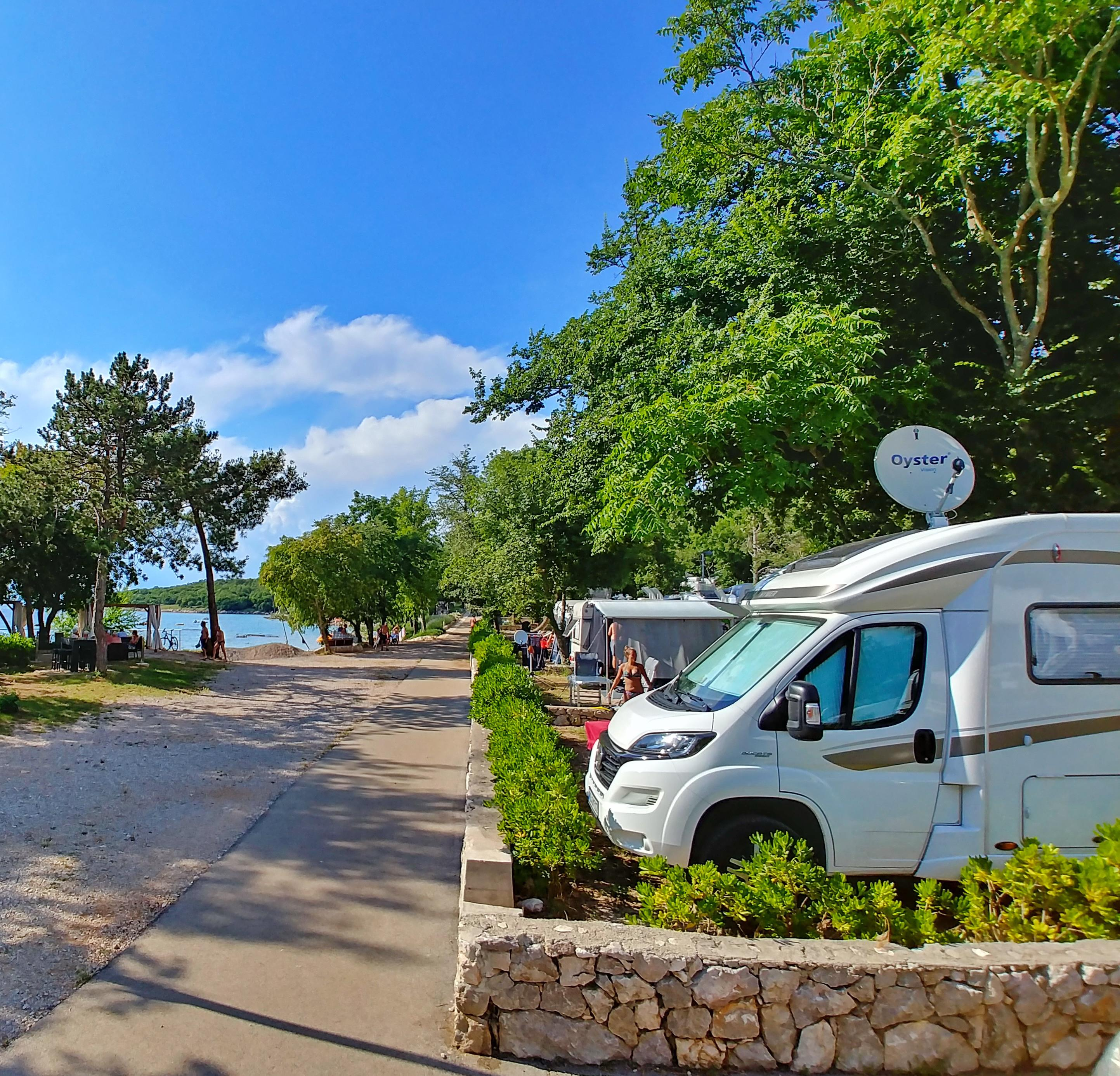 Emplacement - Emplacement Camping-Car - Aminess Atea Camping Resort