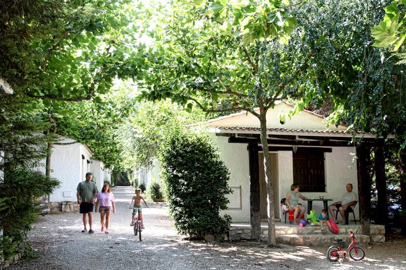 Location - Bungalow Famille - 2 Adultes + 2/3 Enfants (<12 Ans) - Lake Caspe Camping