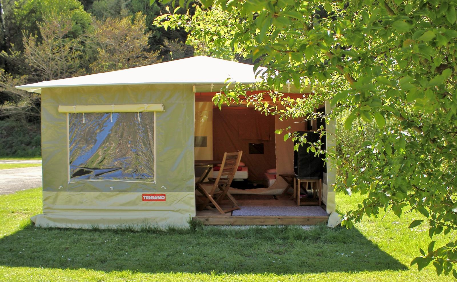 Accommodation - Bungalow Toilé 2 Chambres - Camping du Signal