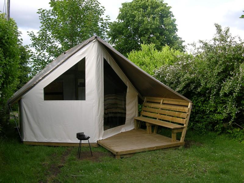 Tente Lodge 22m² toilé meublé, 2 chambres, ancienneté de 0 à 7 ans,