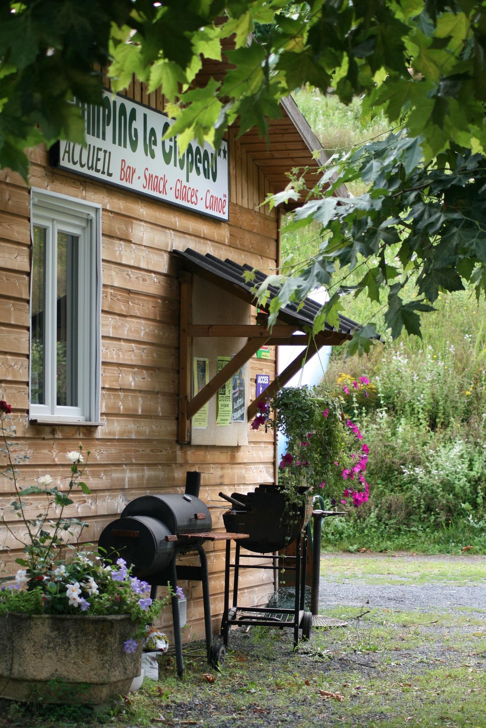 Camping le Clupeau, Cherveix-Cubas, Dordogne