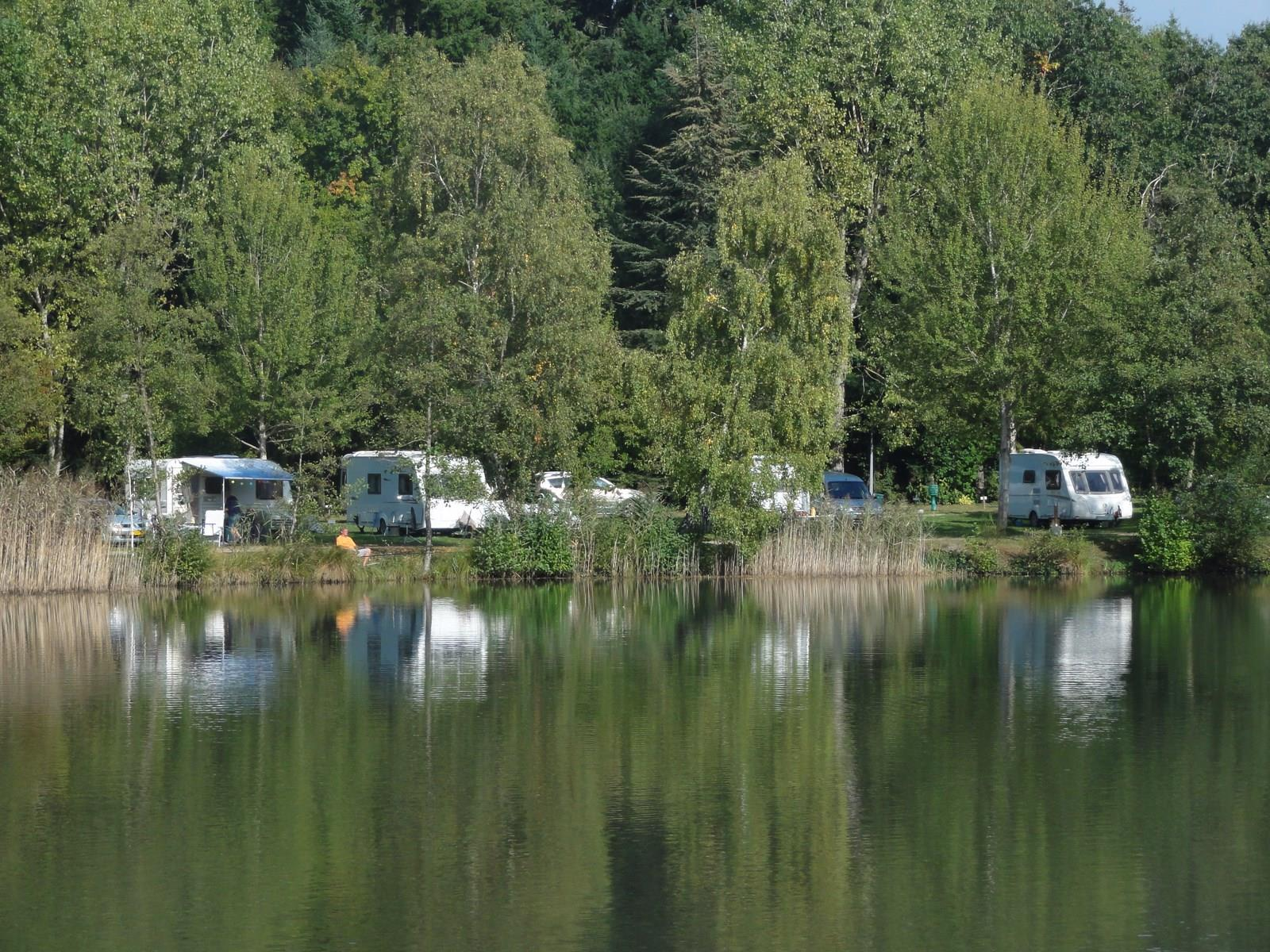Emplacement - Emplacement Auto Tente/Caravane/Camping Car - Camping La Grande Sologne