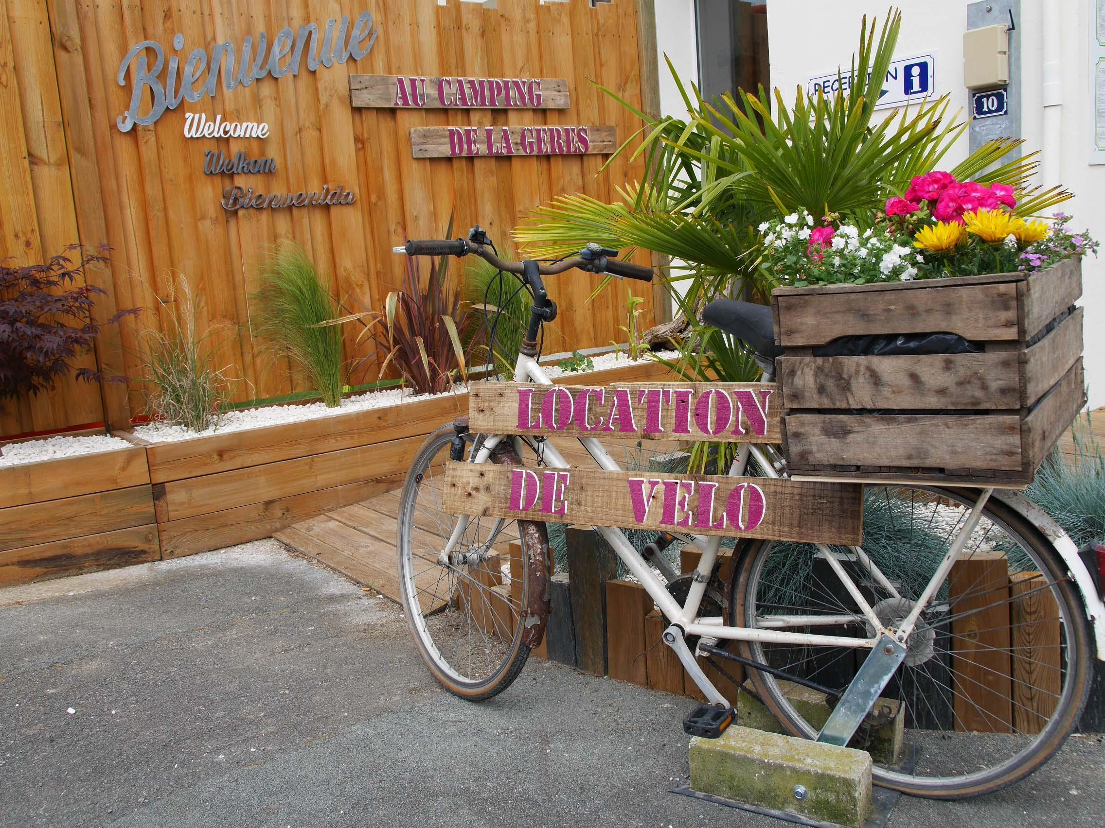 Camping de la Gères, Surgères, Charente-Maritime