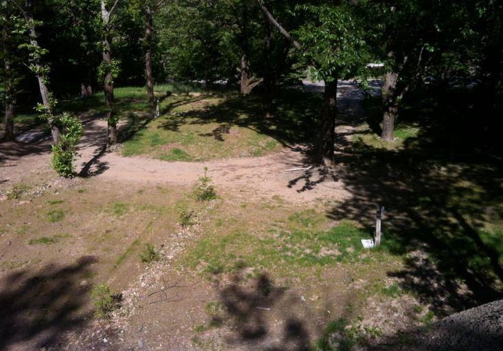 Forfait emplacement + 1 voiture + 1 tente ou caravane ou camping-car