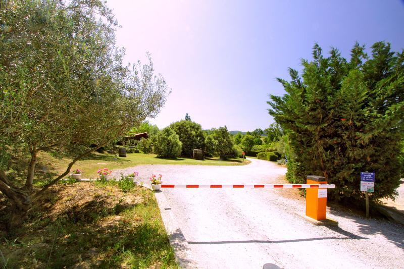 Camping à l'Ombre des Oliviers, Cazilhac, Aude