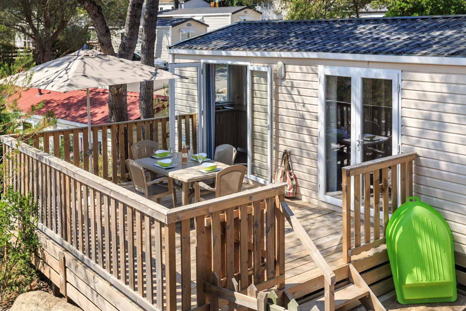 Location - Cottage Pop Art Confort 32 M² - 3 Chambres - Climatisation - Terrasse Semi-Couverte - Camping Holiday Green