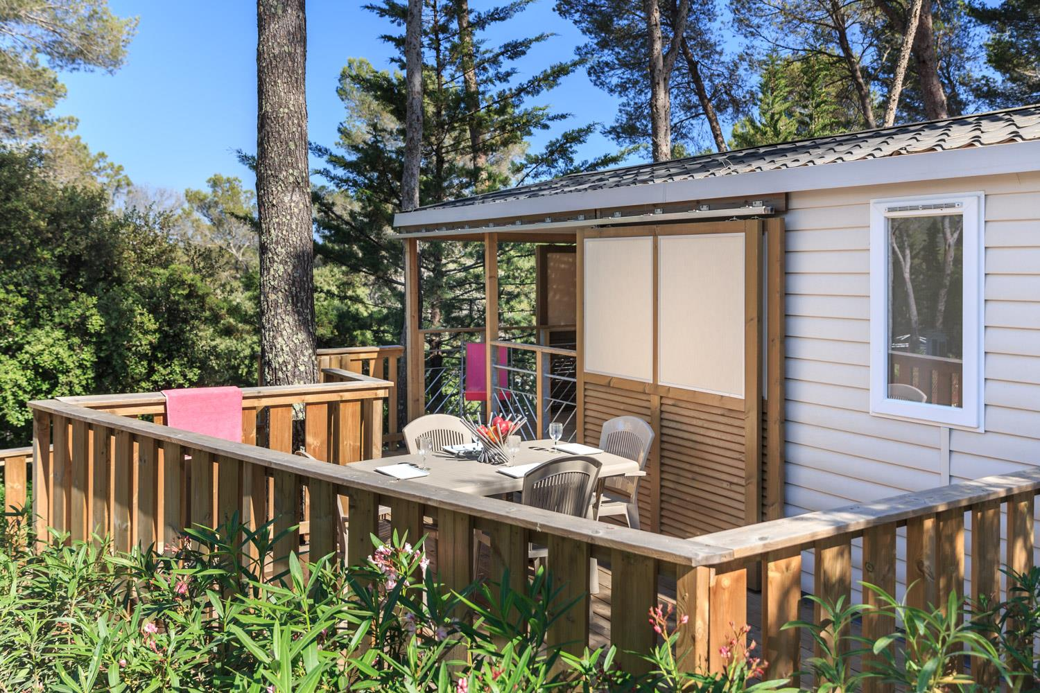 Location - Cottage Xxl Prestige 40 M² - 2 Chambres + Climatisation + Tv - Camping Holiday Green